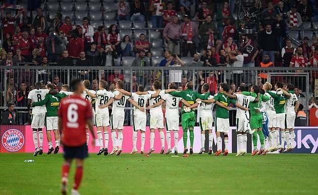 Arsene Wenger, nguoi duoc chon de dap tat con khung hoang tai Bayern hinh anh 2