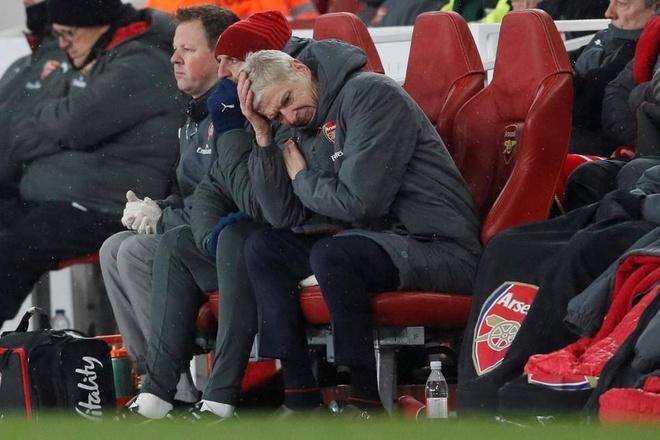 Arsene Wenger, nguoi duoc chon de dap tat con khung hoang tai Bayern hinh anh 4