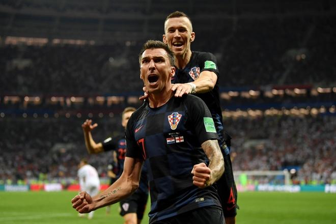 Bi cam toi san, CDV Anh dinh treo rao xem doi nha phuc thu Croatia hinh anh 2