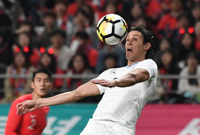 Son Heung-min truot penalty trong ngay Han Quoc ha Uruguay hinh anh 5