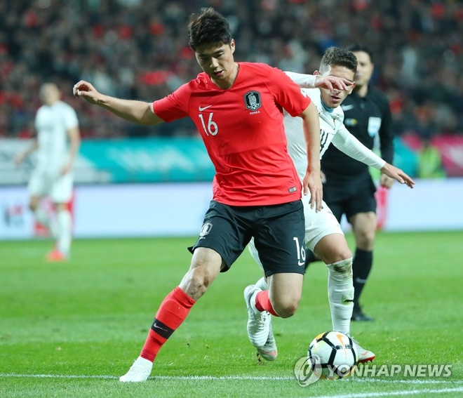 Son Heung-min truot penalty trong ngay Han Quoc ha Uruguay hinh anh 3
