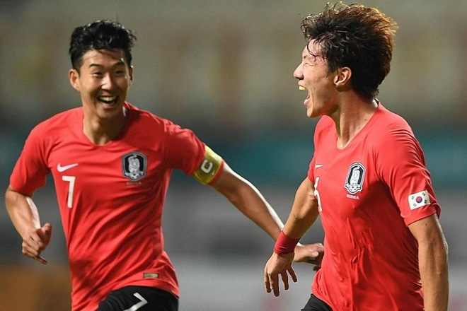 Son Heung-min truot penalty trong ngay Han Quoc ha Uruguay hinh anh