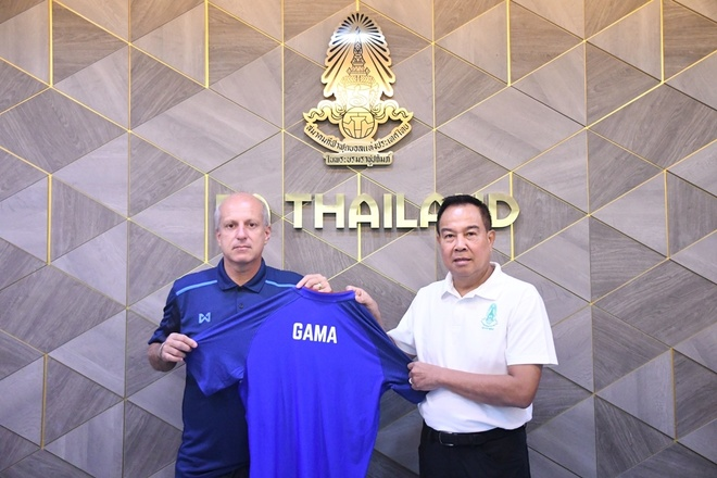 Thai Lan bo nhiem thay cu cua Marcelo lam thuyen truong DT U23 hinh anh