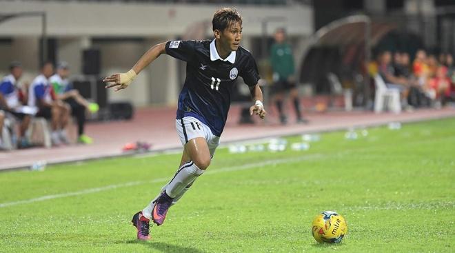 'Messi Campuchia' gian doi, bong gio chia tay doi tuyen quoc gia hinh anh