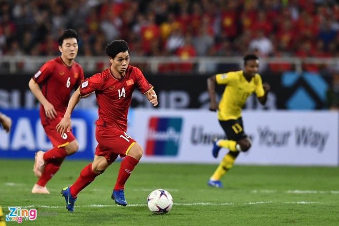 Quang Hai vuot troi trong top 5 tien ve hang dau vong bang AFF Cup hinh anh 2