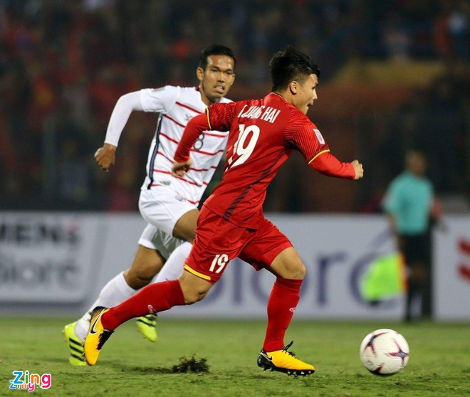 Quang Hai vuot troi trong top 5 tien ve hang dau vong bang AFF Cup hinh anh 5