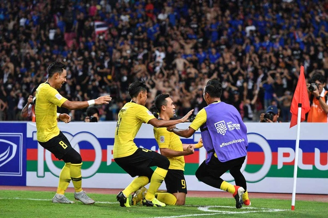 Fox Sports: 'Malaysia da tong co nha duong kim vo dich khoi giai dau' hinh anh