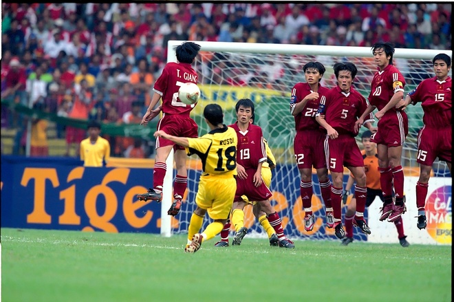 Bon cuoc doi dau kich tinh giua Viet Nam va Malaysia tai AFF Cup hinh anh 1