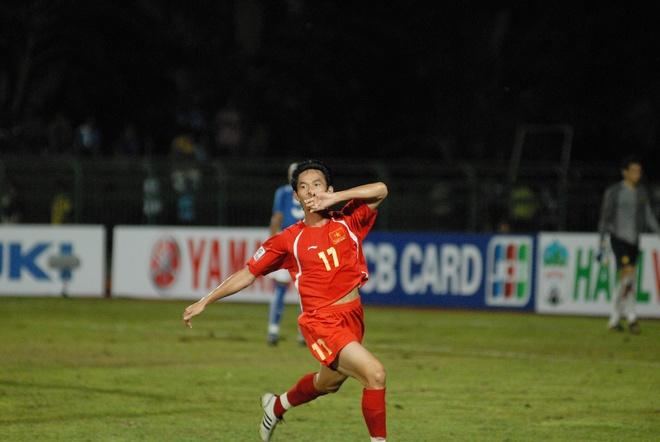Bon cuoc doi dau kich tinh giua Viet Nam va Malaysia tai AFF Cup hinh anh 2