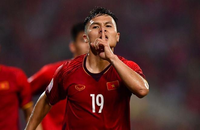Quang Hai, Van Hau dan dau danh sach cau thu tre hay nhat AFF Cup hinh anh