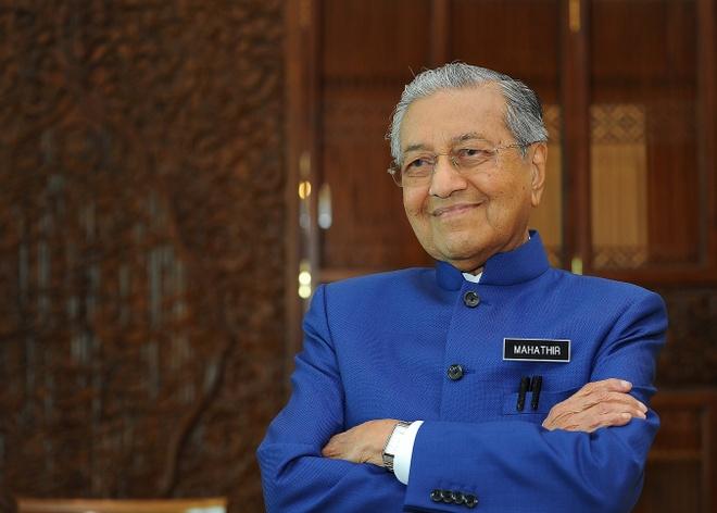 Thu tuong Malaysia co vu thay tro HLV Tan Cheng Hoe hinh anh 1