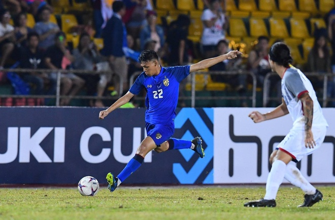 Doan Van Hau va nhung cau thu tre hua hen toa sang tai Asian Cup hinh anh 4