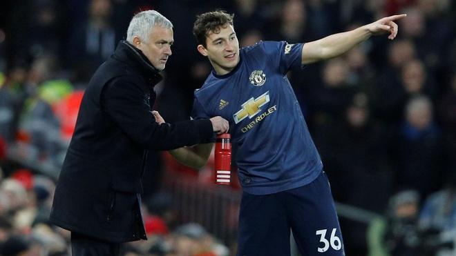Jose Mourinho den luc hay roi MU hinh anh