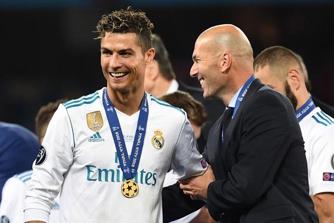 Cuu Chu tich Real tiet lo ly do thuc su khien Zidane roi doi bong hinh anh