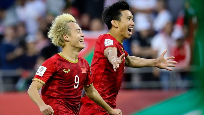 Vao tu ket Asian Cup, Viet Nam sap vuot qua vi tri thu 100 the gioi hinh anh