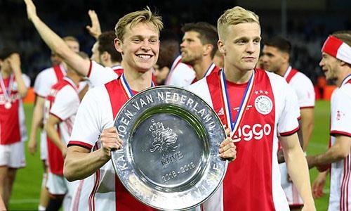 Sao tre rang ro trong ngay Ajax vo dich giai quoc gia Ha Lan hinh anh 6