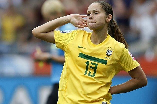 Cau thu nu xinh dep tai World Cup 2019 anh 1