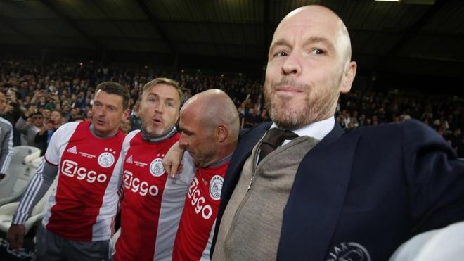 Sao tre rang ro trong ngay Ajax vo dich giai quoc gia Ha Lan hinh anh 11
