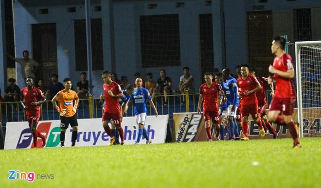 CLB Quang Ninh dai thang Hai Phong trong ngay vang Mac Hong Quan hinh anh 9