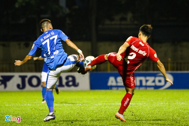 CLB Quang Ninh dai thang Hai Phong trong ngay vang Mac Hong Quan hinh anh 1