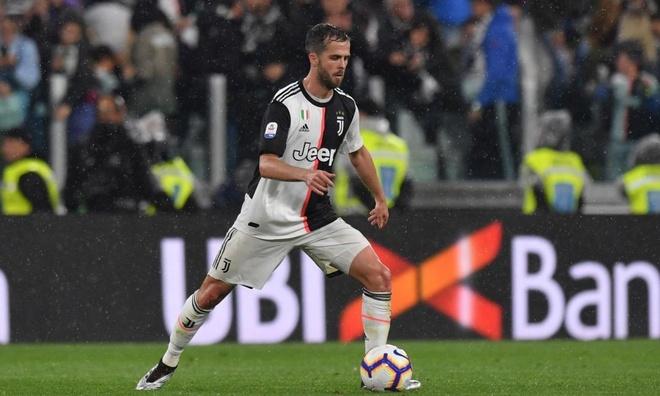 HLV Sarri tiet lo cau thu se da o vai tro cua Jorginho tai Juventus hinh anh 1