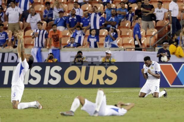 Tuyen Curacao xuat sac ha guc doi tung 3 lan tham du World Cup hinh anh 2