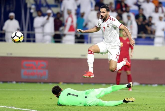 'UAE se gap rac roi khi doi dau tuyen Viet Nam' hinh anh 1