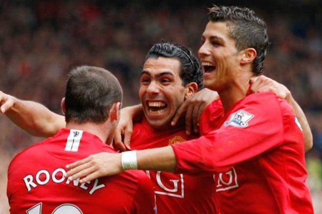 'Ke phan boi' chuan bi tai ngo voi Man United hinh anh 1 Wayne_Rooney_Carlos_Tevez_Cristiano_Ronaldo_Football365_1.jpg