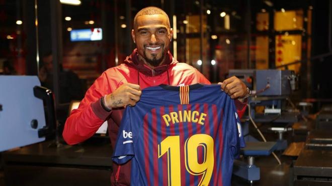 Messi va so phan nhung cau thu mac ao so 19 tai Barca hinh anh 1 kevin_prince_boateng_barcelona_16ole66mqr7vz1isqv9sgjns77.jpg