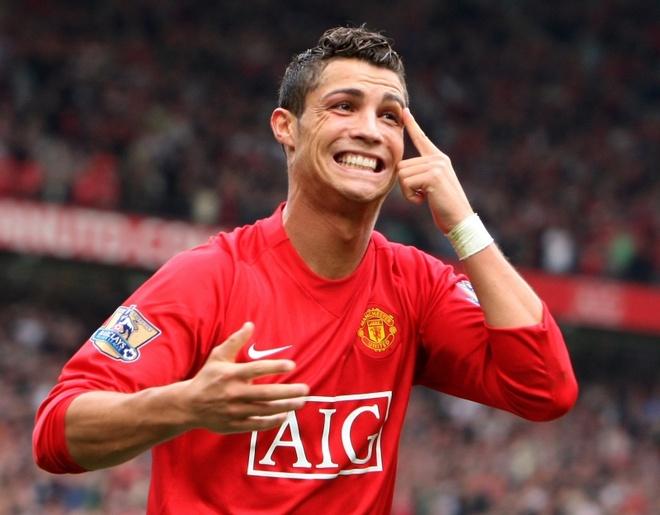Tuot mat Rafael, Arsenal khong the ngo Ronaldo chinh la 'thu pham' hinh anh