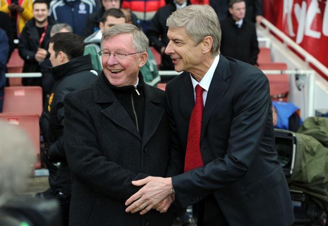 Vi Wenger, Ferguson tung 'tuyen chien' voi CDV MU hinh anh 1