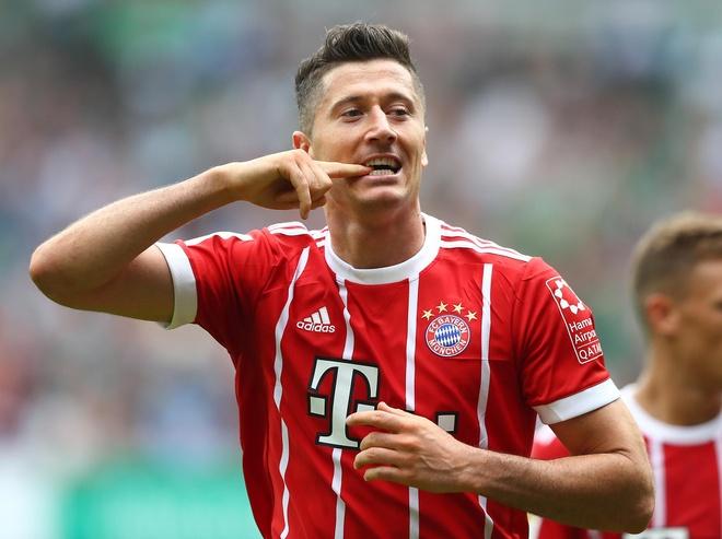 'Trai lenh' Ronaldo, Real quyet chieu mo Lewandowski hinh anh 1