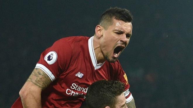 Cham diem Liverpool 5–2 Roma: Diem 10 cho Salah, Firmino hinh anh 3