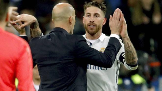 Ramos khen Zidane khong 'yeu duoi' nhu ai do hinh anh 1
