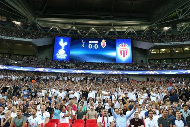 FA chuan bi ban san Wembley cho ong chu CLB Fulham hinh anh 2