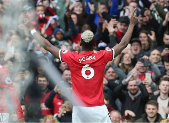 Toa sang ruc ro, Pogba gui 'chien thu' den Liverpool va Chelsea hinh anh