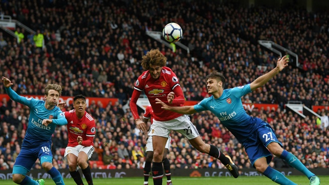 Fellaini toa sang trong su bat luc cua Jose Mourinho hinh anh 2