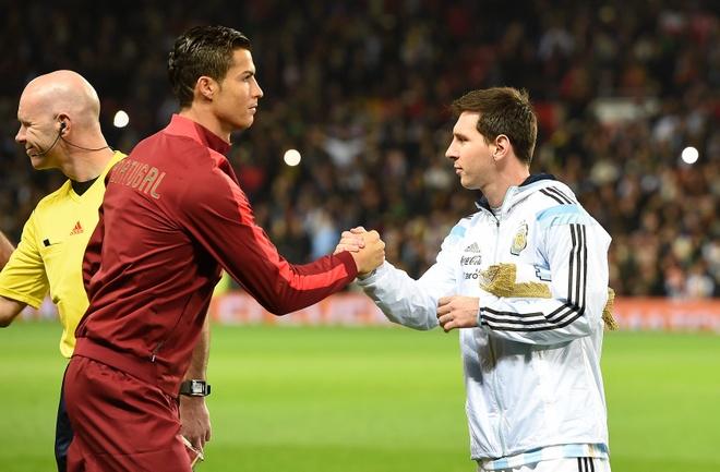 Mourinho: 'Ronaldo, Messi la thanh bai cua ca doi tuyen' hinh anh 1