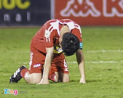 Xuan Truong do guc sau tran thua cua HAGL hinh anh