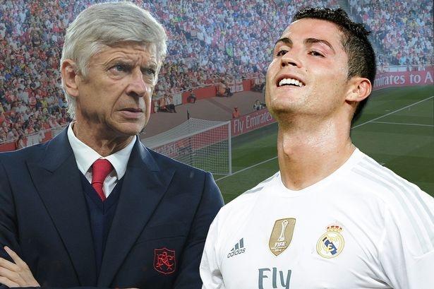 HLV Wenger van dau khi nhac ve Ronaldo hinh anh