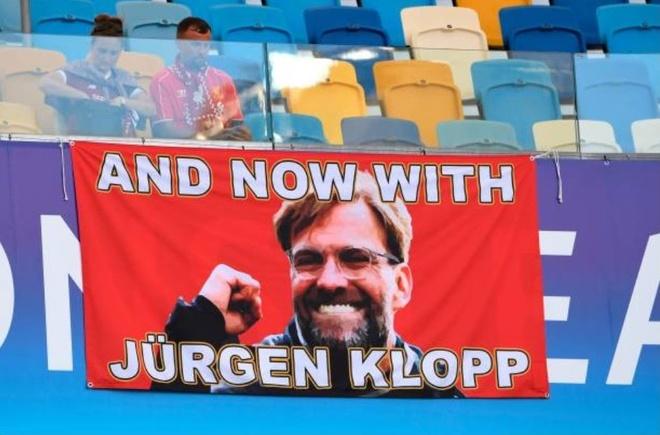CDV Liverpool nhuom do SVD NSK Olympiyskiy hinh anh