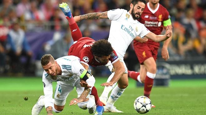 'Ramos qua lao luyen, khong co y dinh choi xau Salah' hinh anh 1