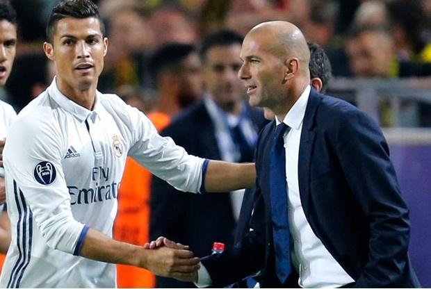 Ronaldo, Ramos gui loi tri an den HLV Zidane hinh anh