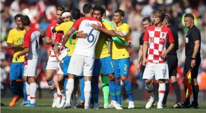 Neymar no sung, Brazil chay da hoan hao cho World Cup 2018 hinh anh 11
