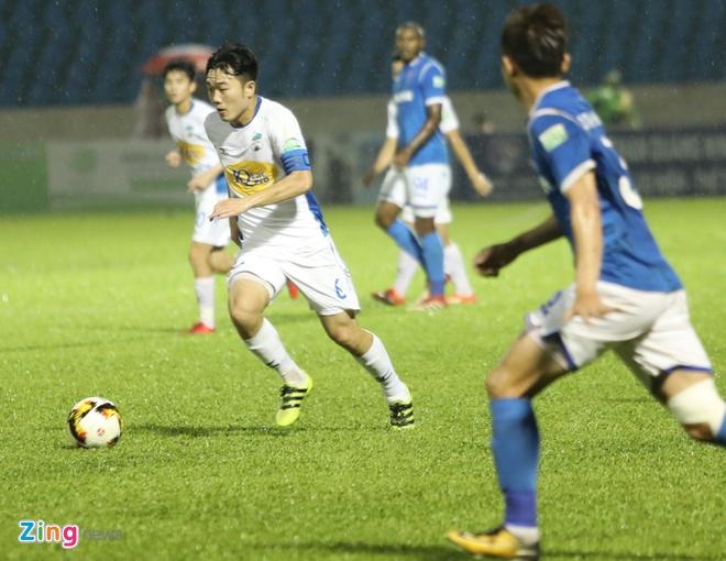 HAGL thua CLB Quang Ninh 0-3, CLB Ha Noi thang Quang Nam 1-0 hinh anh 1