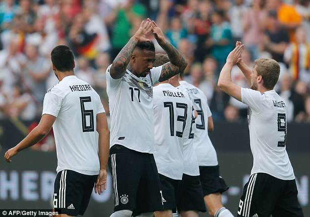 Doi tuyen Duc co tran thang 2-1 truoc khi len duong du World Cup hinh anh 3