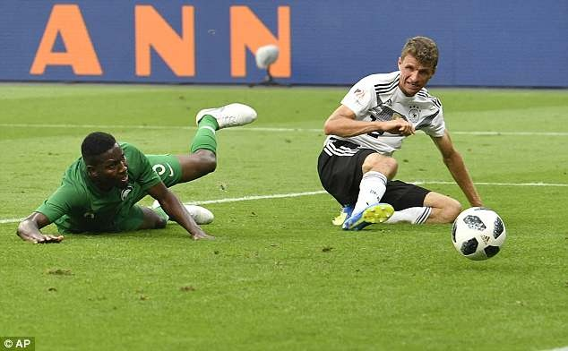 Doi tuyen Duc co tran thang 2-1 truoc khi len duong du World Cup hinh anh 4