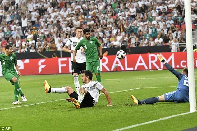 Doi tuyen Duc co tran thang 2-1 truoc khi len duong du World Cup hinh anh 6