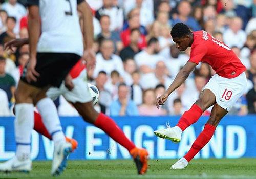 Rashford sut xa ghi ban dep mat, DT Anh danh bai Costa Rica 2-0 hinh anh