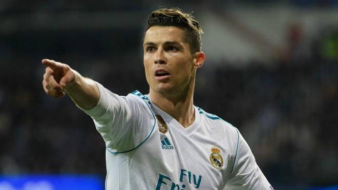 Luis Figo khuyen Ronaldo nen o lai Real Madrid hinh anh